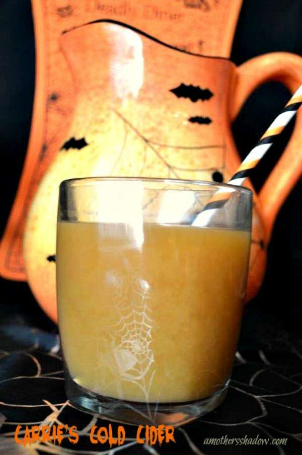 A cold apple cider easy to make with purchased ingredients