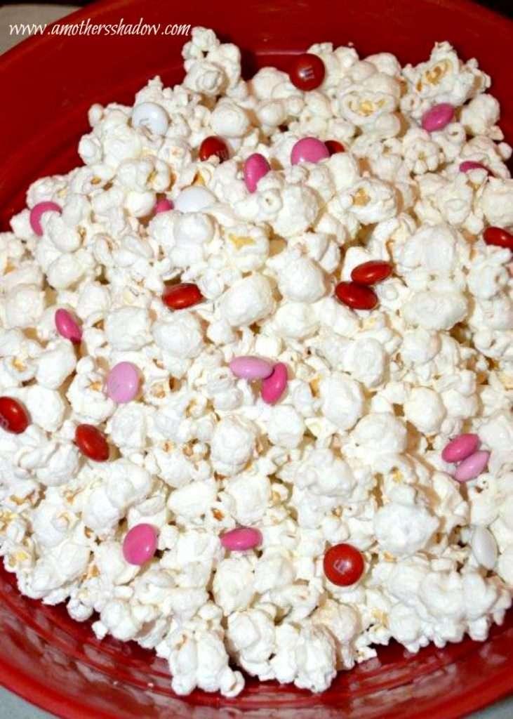 Valentine White Chocolate Popcorn Mix