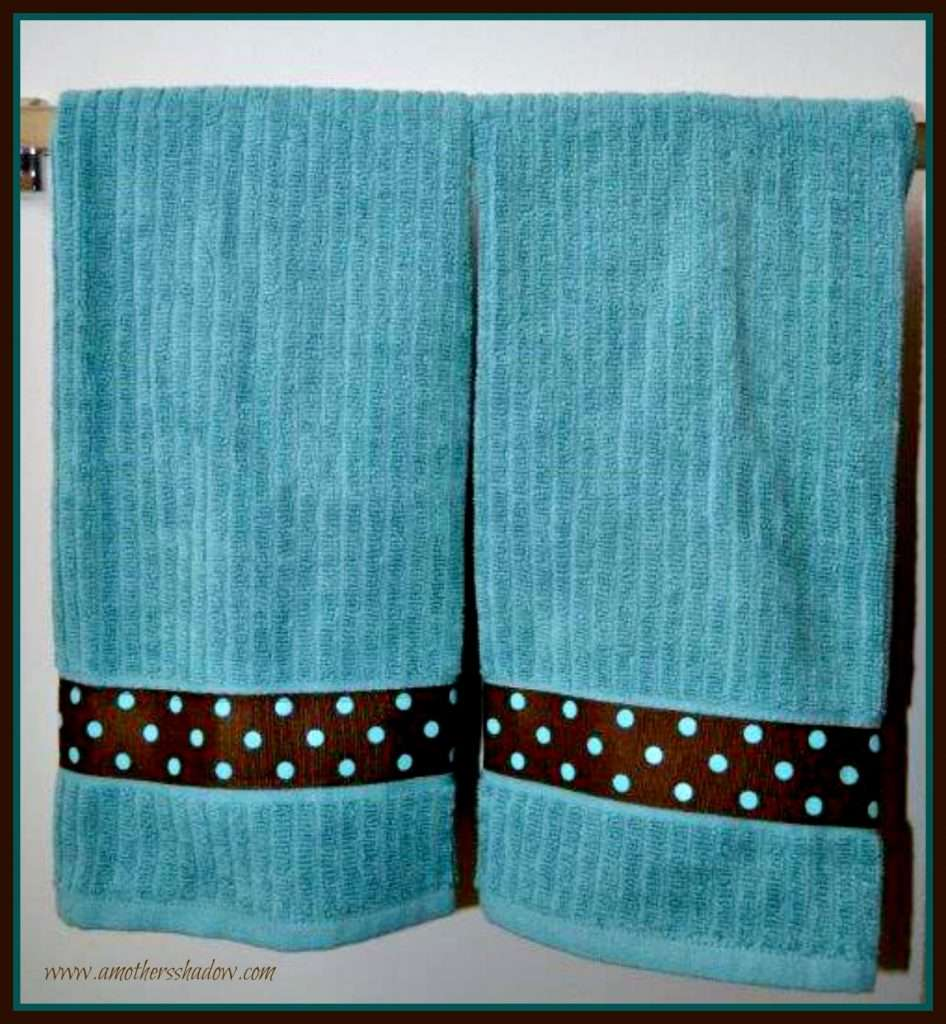 No-Sew and Easy Sew DIY Personalized Kitchen or Hand Towel